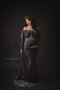Nicoleta Raftu maternity and new born photographer for workshops by Carmen Bergmann Studio pregnant lady with long dark dress