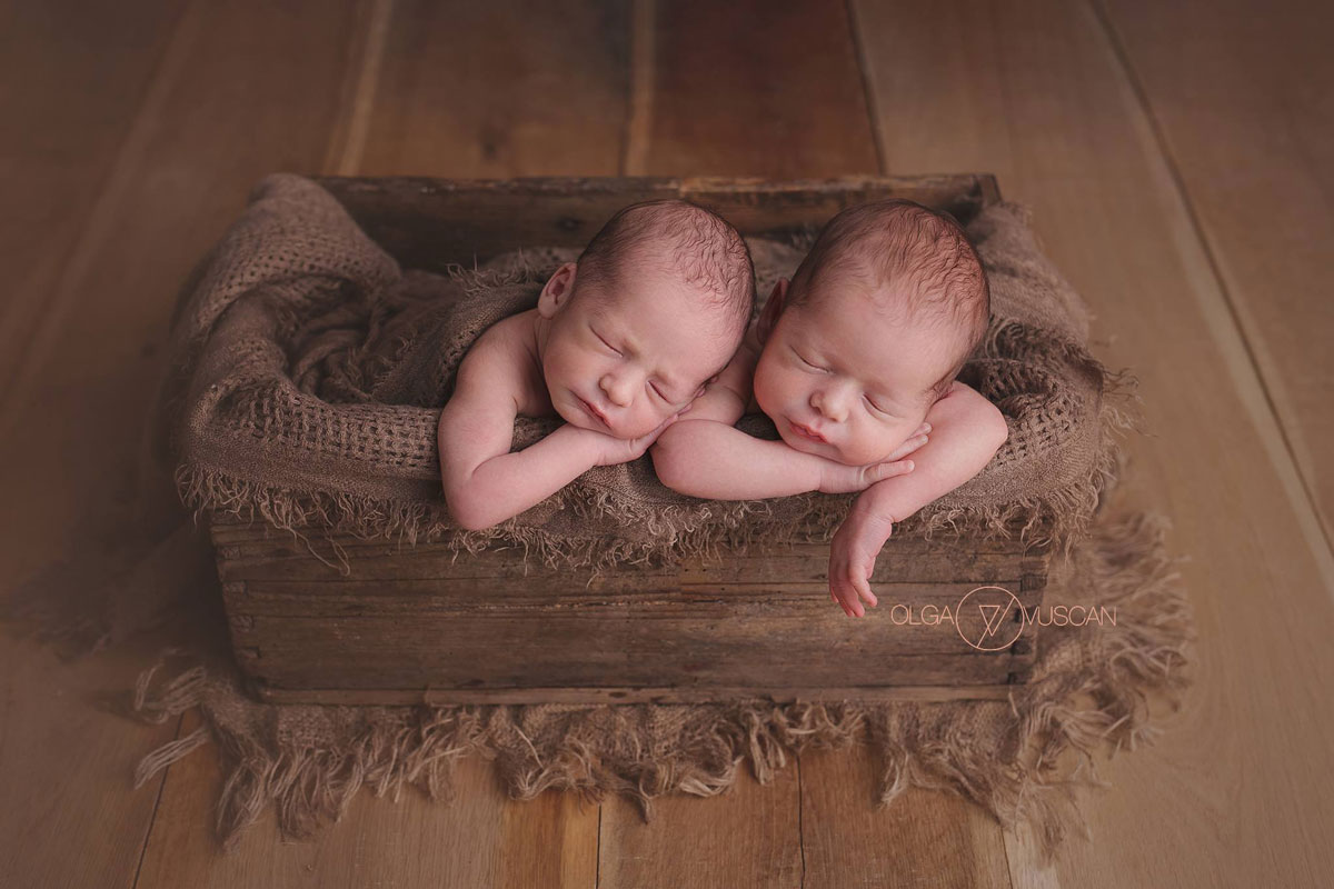 Olga Vuscan New Born Photographer for Workshops by Camen Bergmann Studio new born tweens sleep side by side