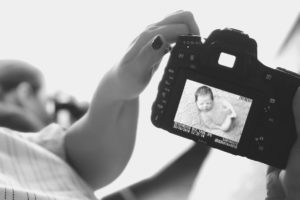 Workshops for photographers for maternity and newborn business and marketing for photographers by Nicoleta Raftu and Carmen Bergmann inspection of photos